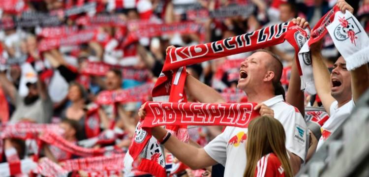 Top 3 soccer fan accessory