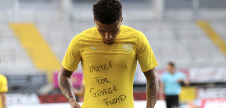 Jadon Sancho showing sympathy with George Floyd
